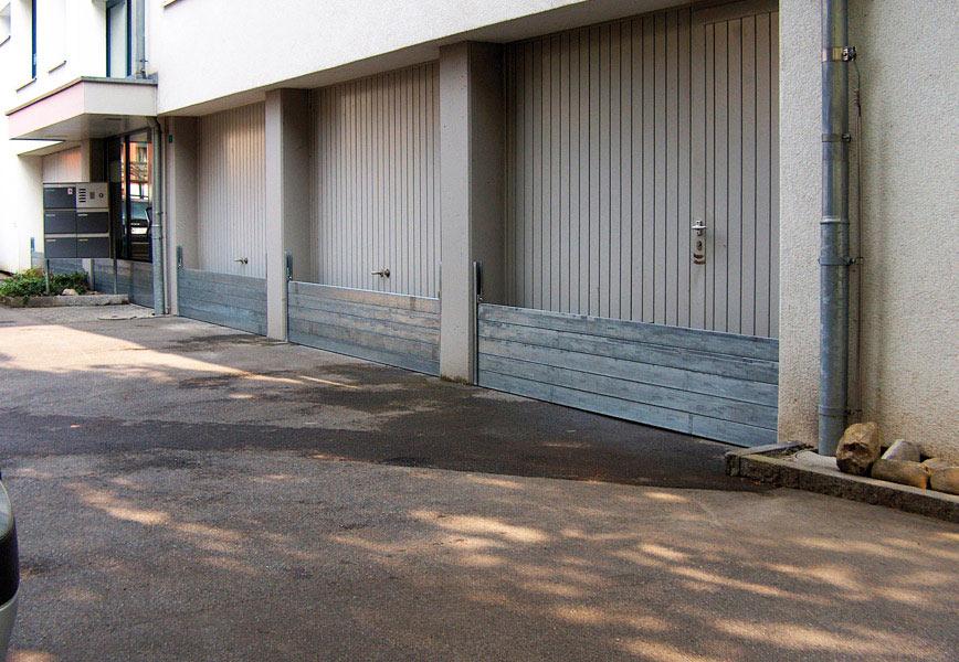 Garagentor mit Hochwasserschutz